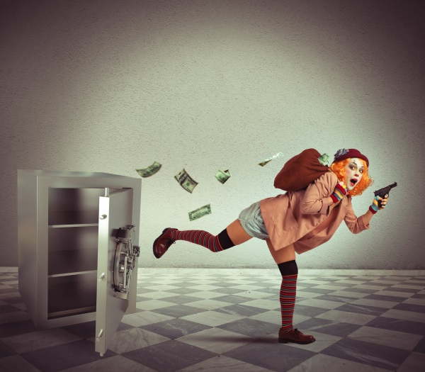 clown steals from the safe