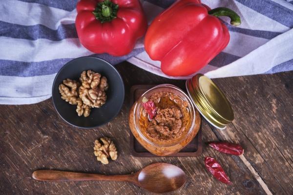 vegan walnut and red pepper hummus