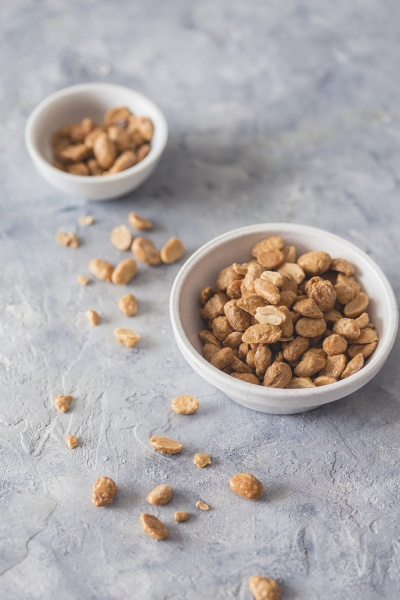 caramelized peanuts in a bowl