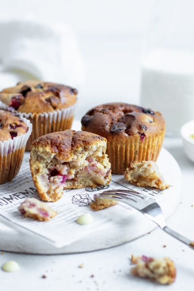muffins with blueberries and chocolate drops