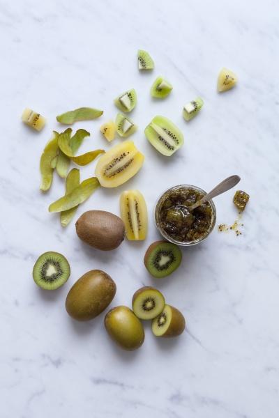 yellow and green kiwi jam