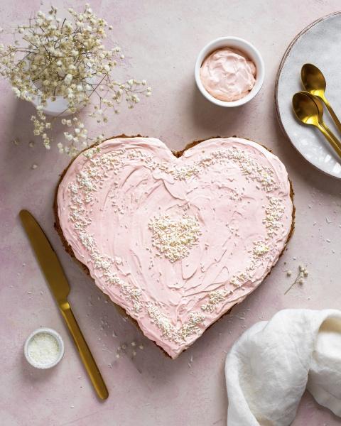 st valentine cake