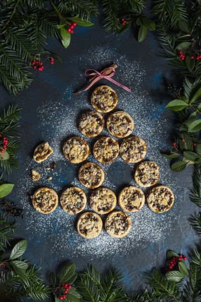 homemade mince pies with crumble and