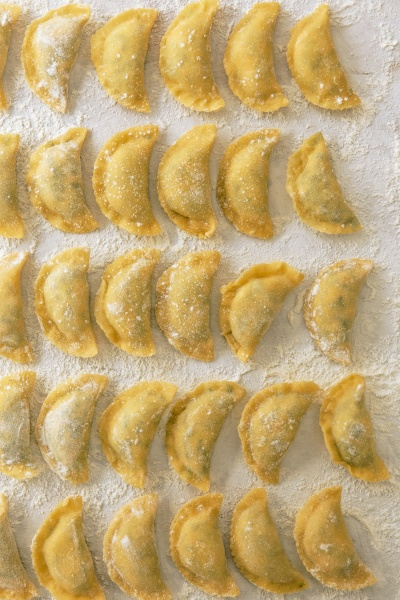 home made ravioli with soinach