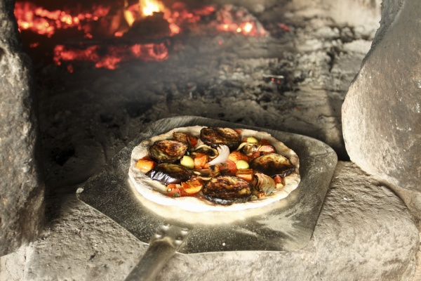eggplant pizza with mushrooms olives red