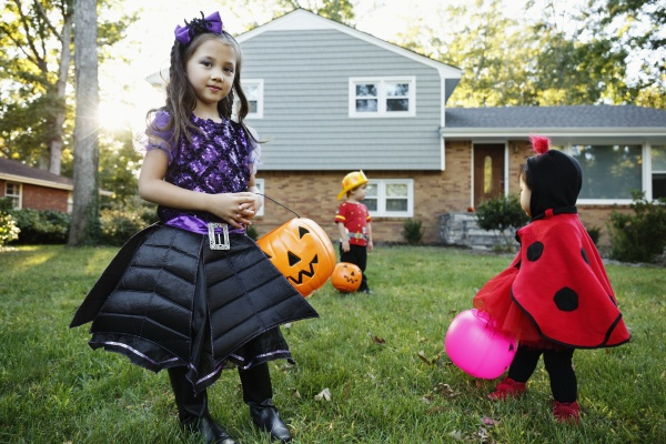 girl trick or treating