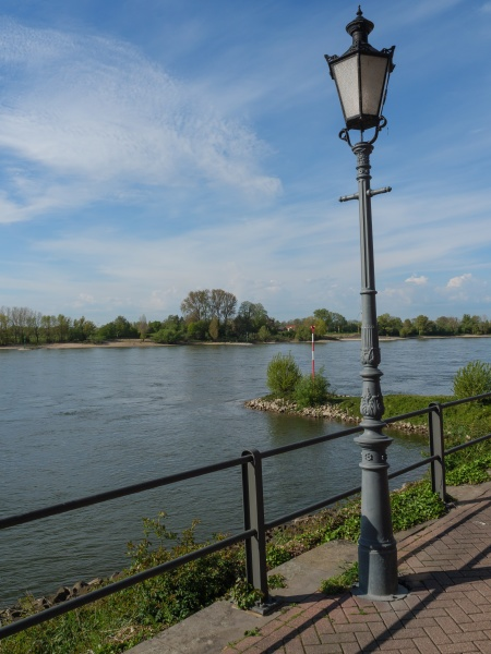 the river rhine near rees in