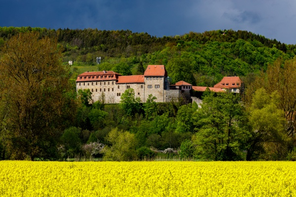 the creuzburg castle in thuringia