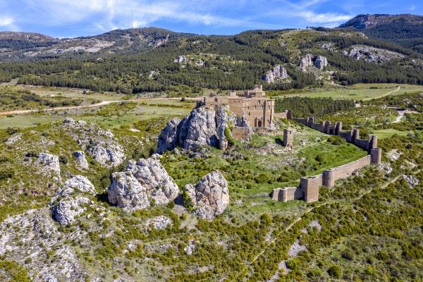 loarre castle romanesque defensive fortification medieval