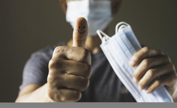 a man waring the medical masks