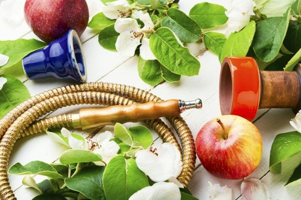 turkish shisha with fresh apple flavor