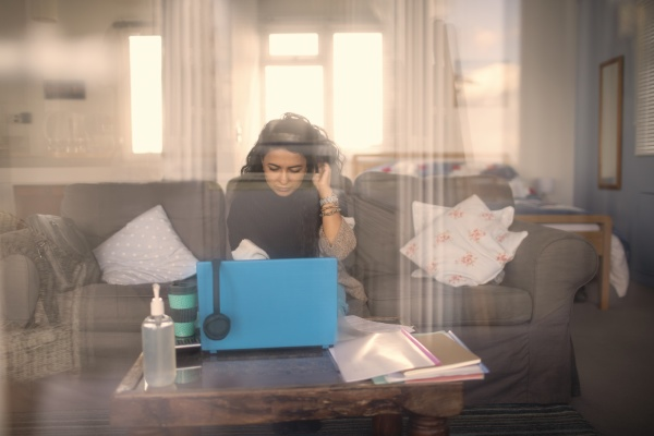 woman, working, from, home, at, laptop - 30217409