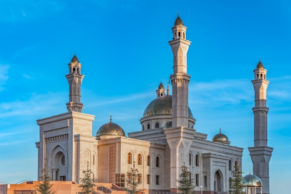 a muslim islamic mosque with golden