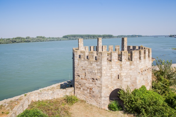 smederevo fortress medieval fortified city