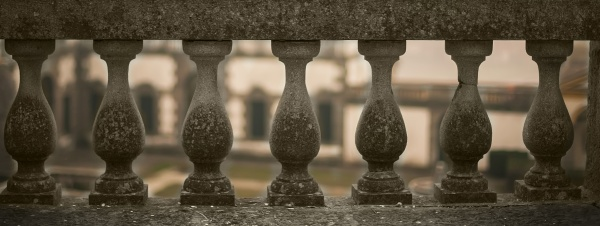 barrier marble handrail