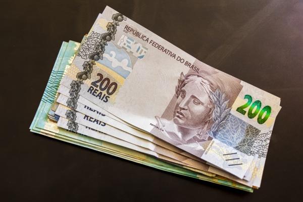 money in brazil 200 brazilian banknotes
