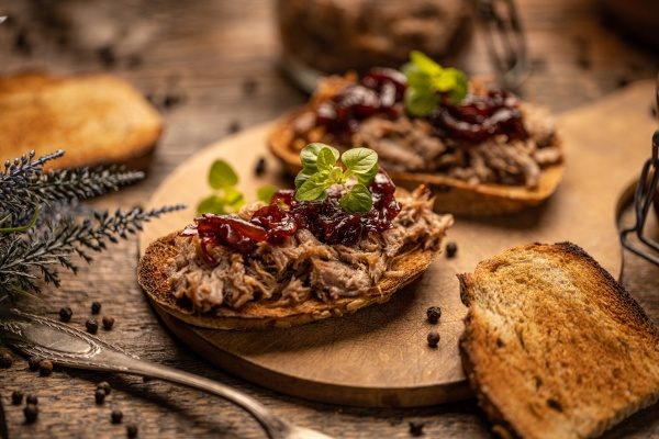 delicious pulled duck
