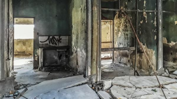 damaged abandoned building montevideo uruguay