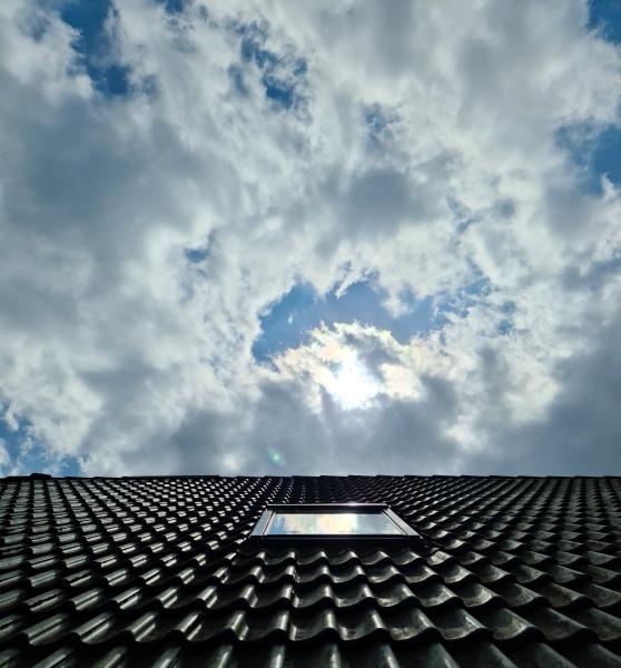 open roof window in velux style