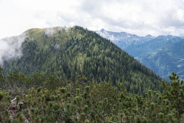 mountaineering and hiking ennstal