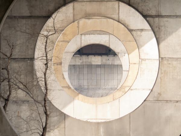 round spans in reinforced concrete bridge