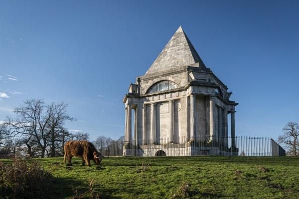 darnley mausoleum in cobham park