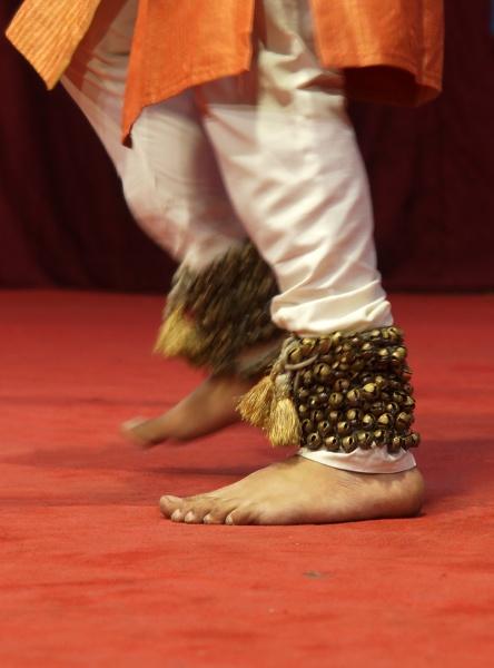 indian man perform traditional kathak