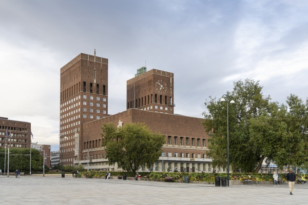 city town hall in oslo norway