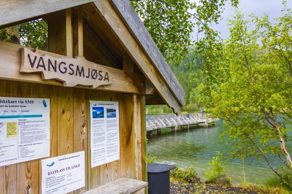 lake vangsmjose in vang norway information