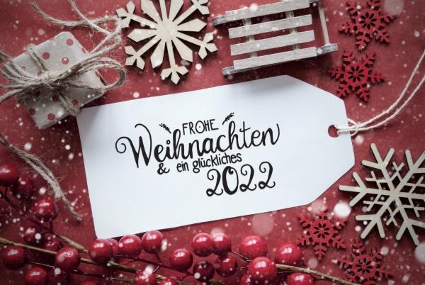 red christmas decoration label glueckliches 2022
