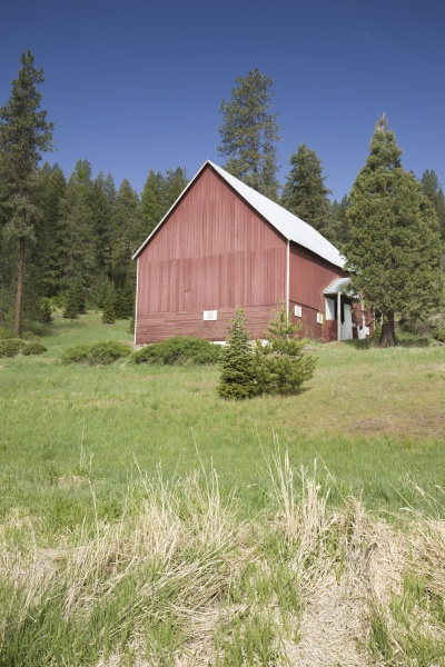 picturesque red barn in north idaho