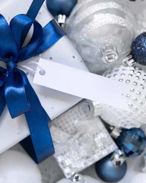 christmas gift box with blank gift