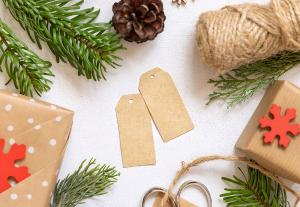 blank gift tag with christmas ornaments
