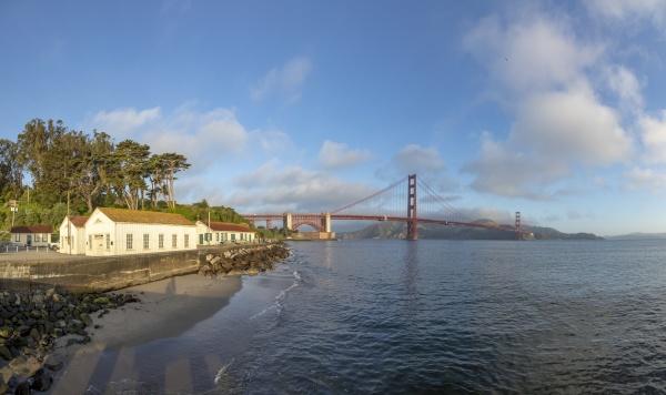 view of golden gate bridge along