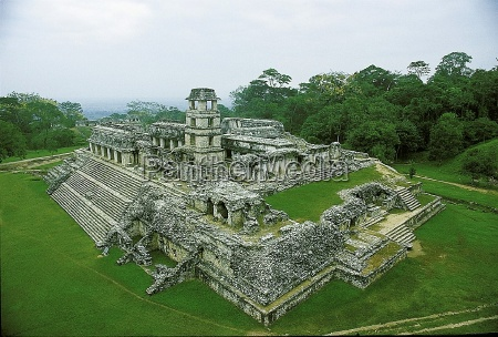 mayan palace in palenque