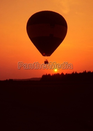 passeio voo por do sol romantico