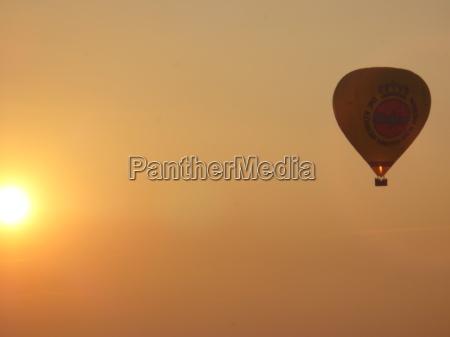 travel dream balloon sunshine carts firmament