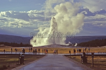 old, faithful, geyser - 233943