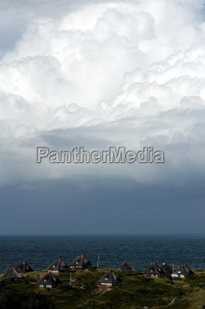 cloud formation over hoernum