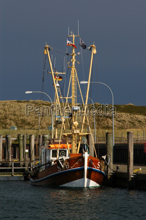 cutter in the harbor of hoernum