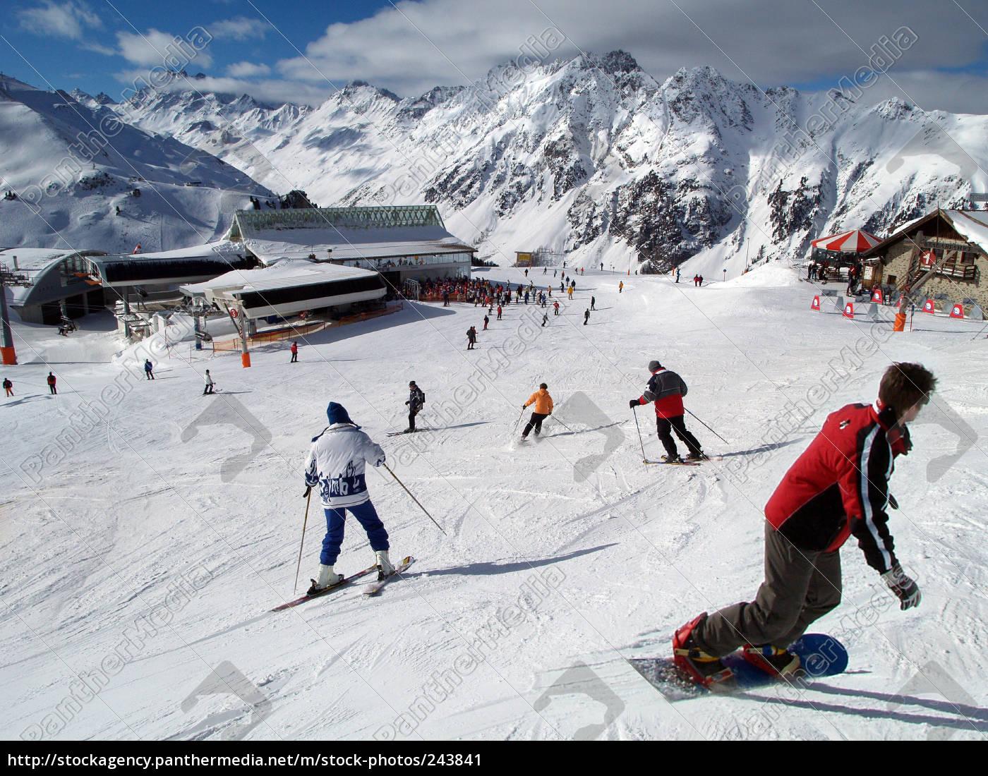 to, ski - 243841