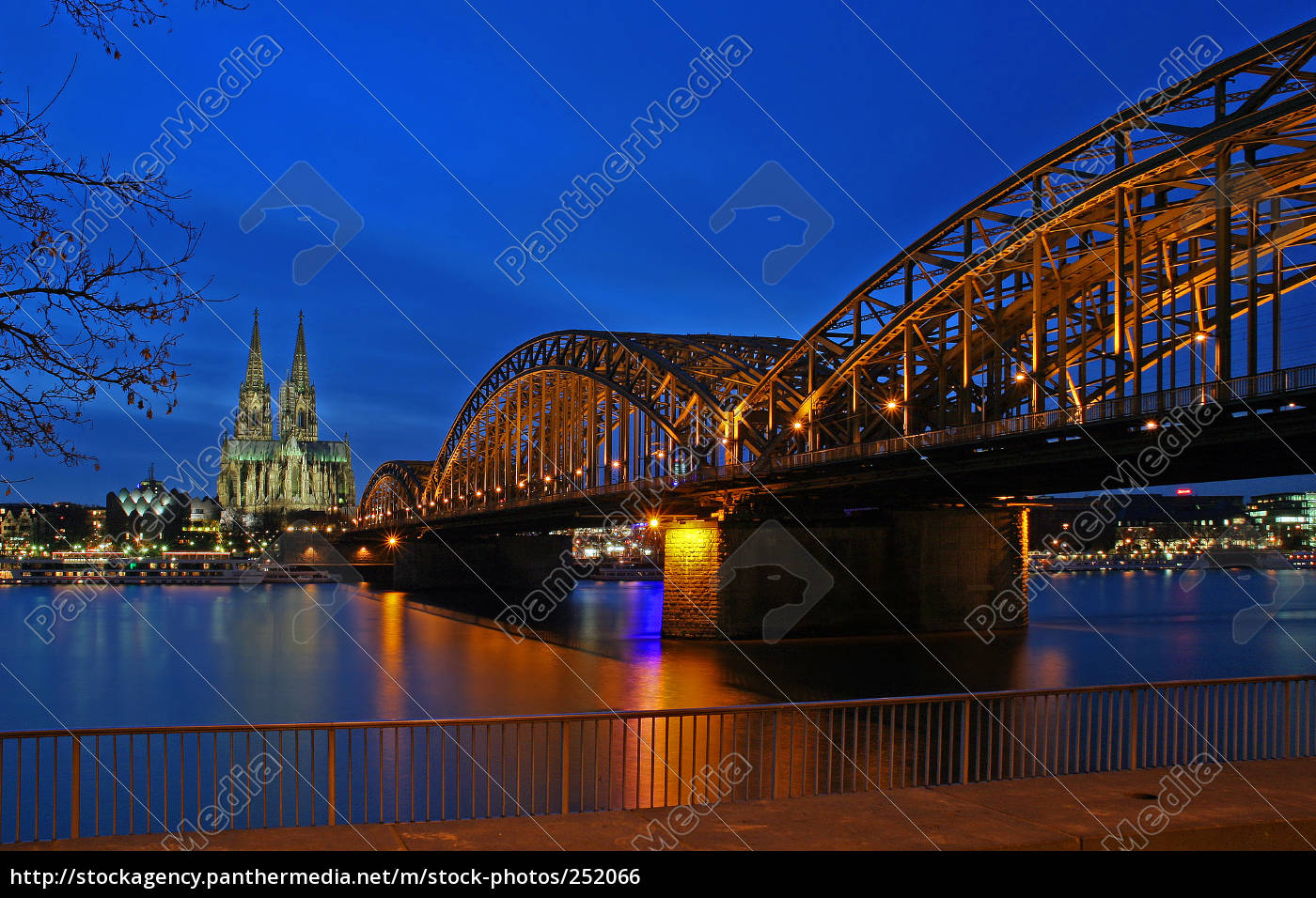 cologne, at, night - 252066