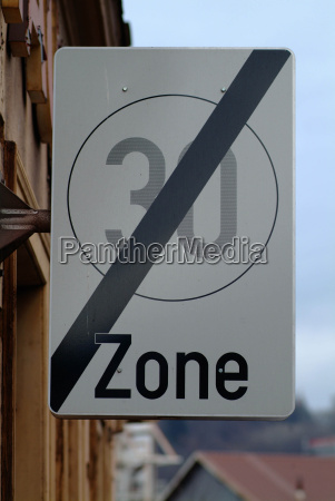 sign 30 km h zone end