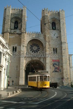 tram 28 yellow santa fe 2