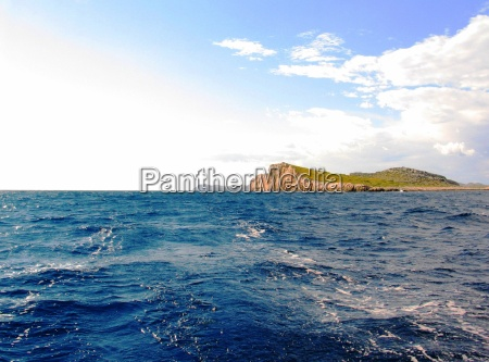 island in the kornati no 4