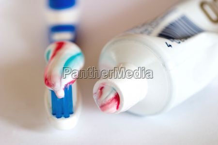 toothbrush, with, toothpaste, and, tube - 316920