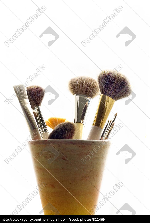 brush, 03 - 322469