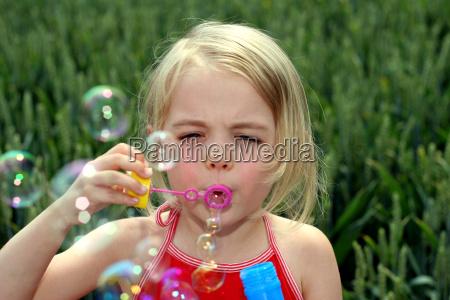 bubbles - 353749