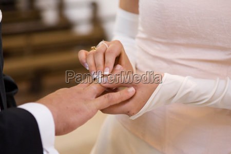 wedding ring handover