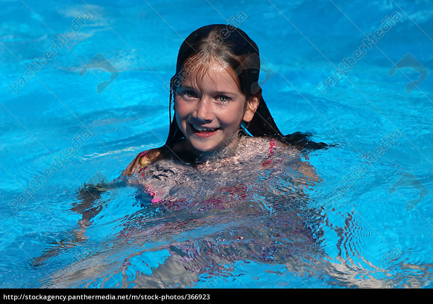 girl, in, the, pool, no.2 - 366923